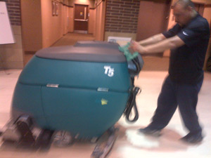 ServiceMaster-by-Thacker-Tennis-Court-Cleaning-Machine